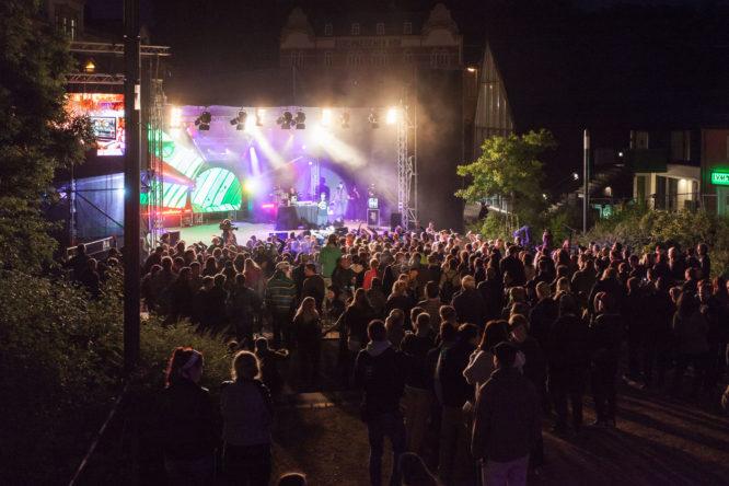 Seit 2006 stellen Studierende aus allen Fakultäten das Campusfestival auf die Beine.